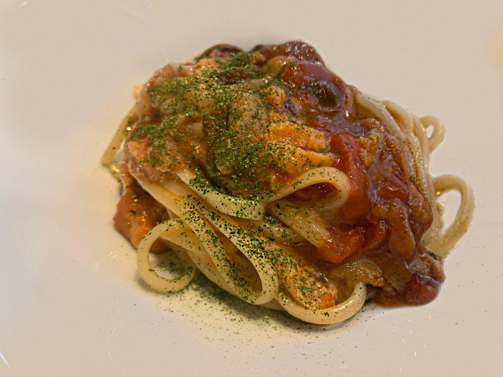 Linguina aglio, olio, peperoncino e ricci di mare