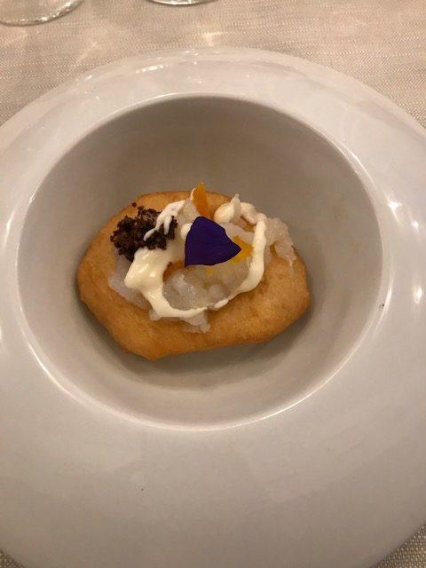 Ristorante Autentica - Montanarina fritta, farcita con baccala', cioccolato amaro, ricotta e albicocche del Vesuvio
