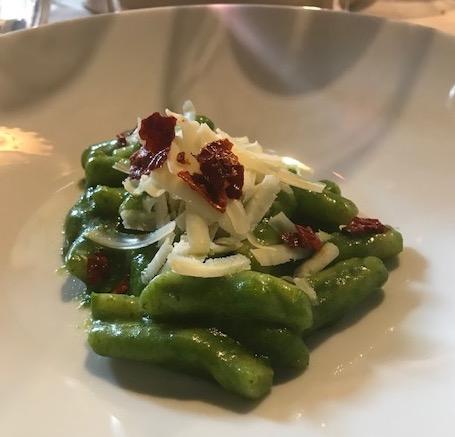 Ristorante Pater Familias - Cavatelli di broccolo di Paternopli, ricotta salata di Montella e peperone crusco
