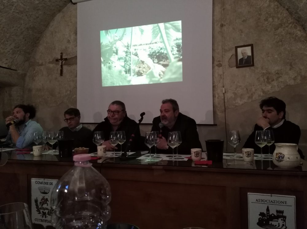 Vini di Palama' Tavolo dei relatori
