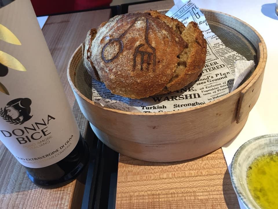 Calvi ad Altamura, pane e olio