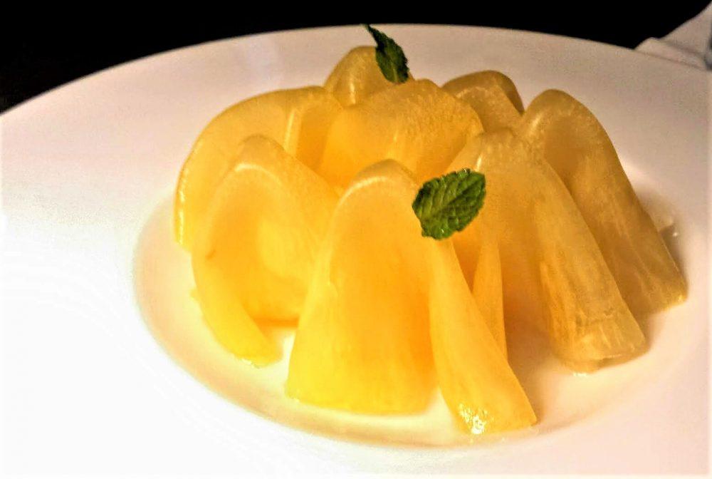 bistRo, Carpaccio di ananas all'anice stellato