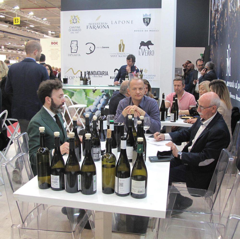 Degustazione vini Le Ali di Mercurio a Vinitaly