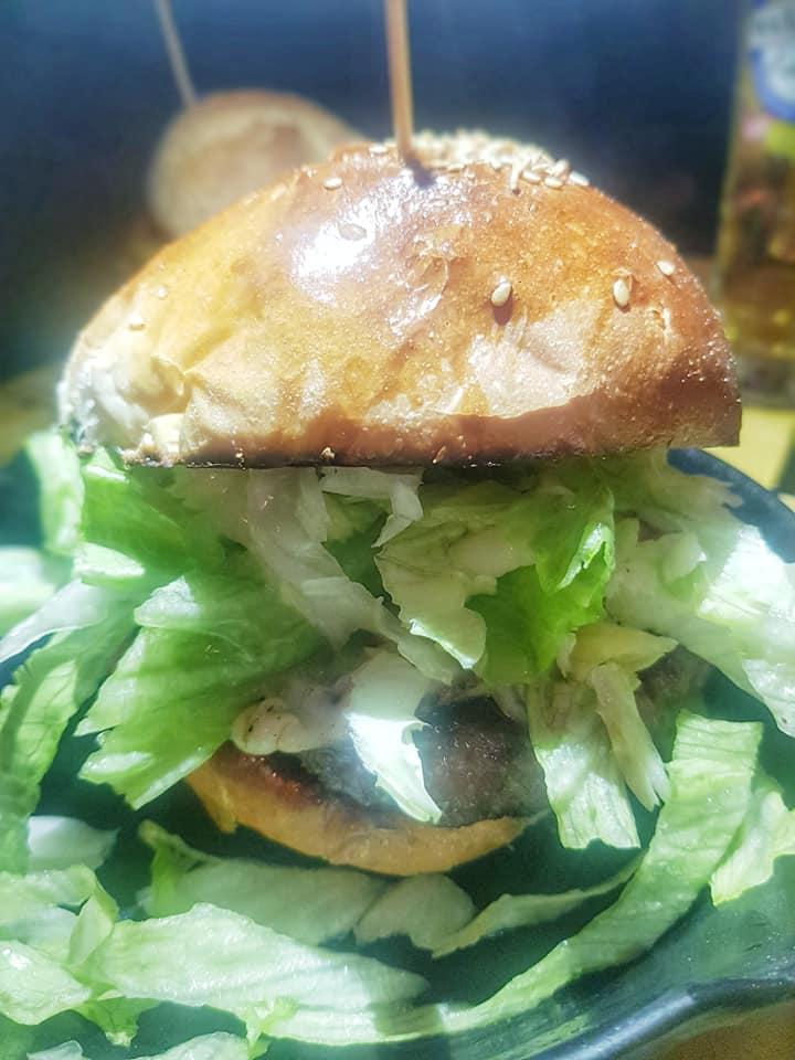 The Penny Black Pub, Caciocavallo Burger