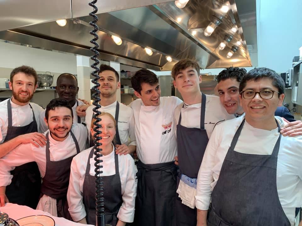 Osteria Gucci Massimo Bottura. Lo staff in cucina