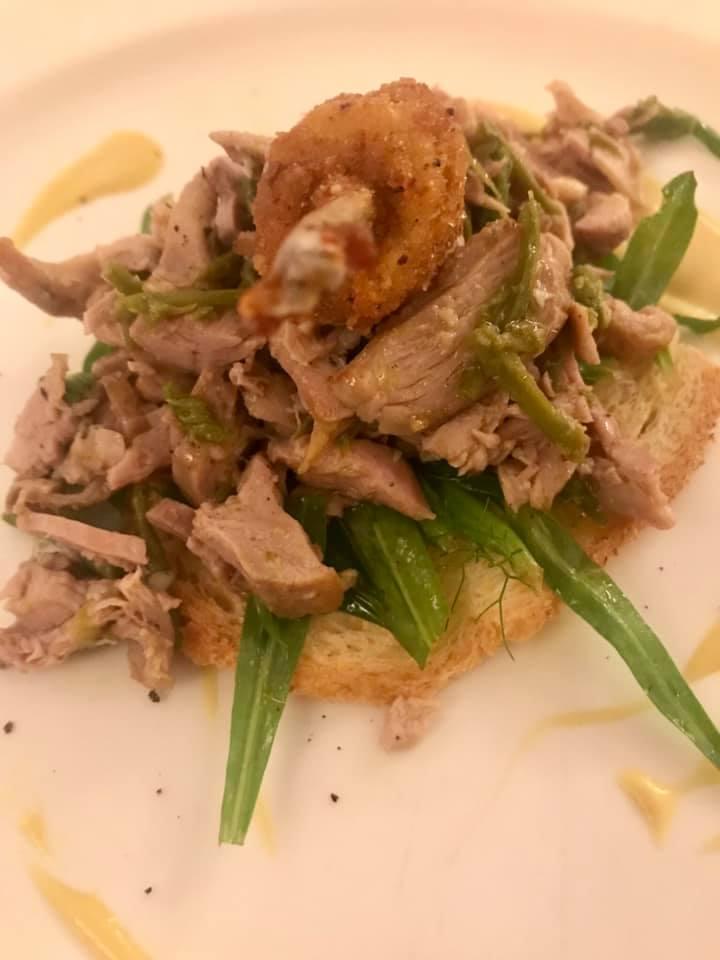 La Subida, insalata di quaglia e asparagi e crostone di polenta