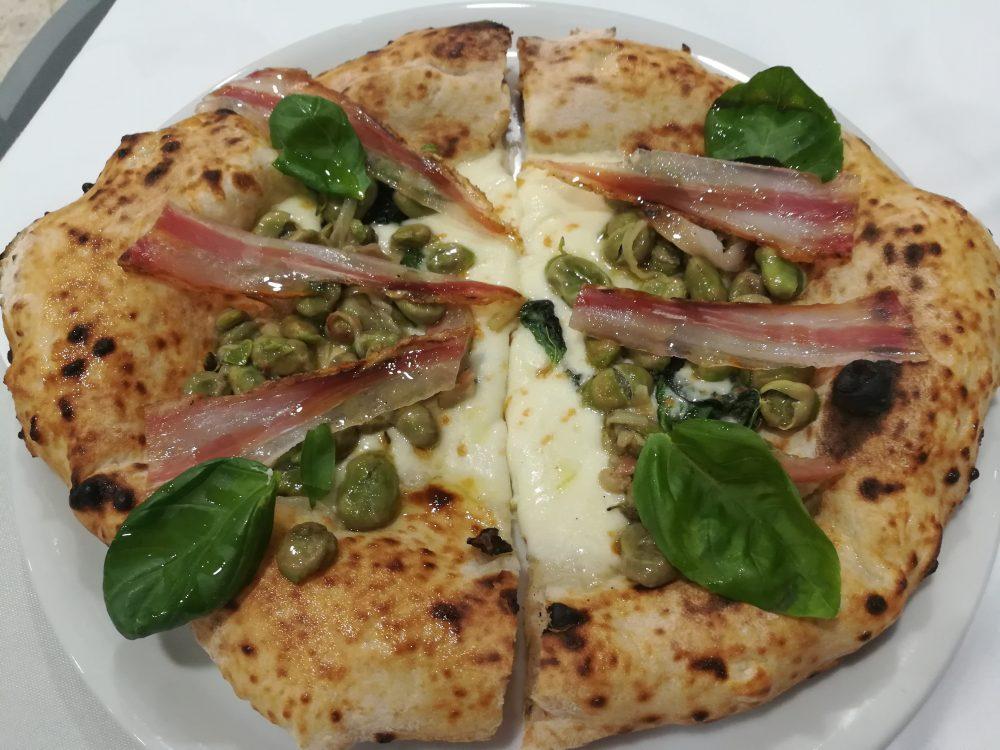 Elia U' Mazzamauriello - La Pizza con le Fave