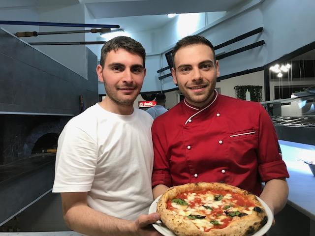 Fratelli Iaiunese Pizzeria dal 1998 - Armando e Raffaele Iaiunese
