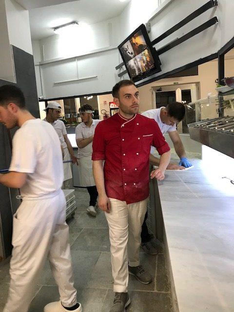 Fratelli Iaiunese Pizzeria dal 1998 - banco lavoro