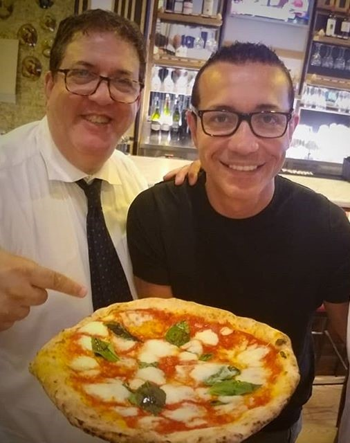 L'autore con Gino Sorbillo
