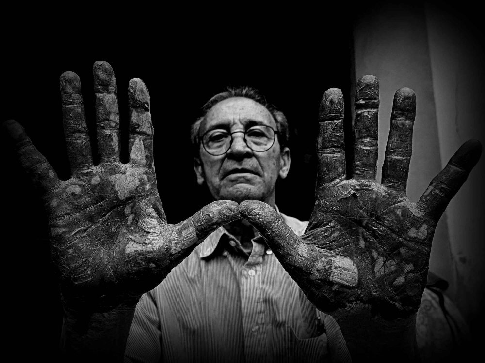 BUONGIORNO CERAMICA - Le mani