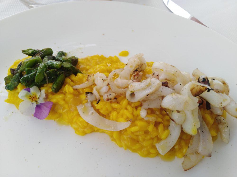 Ristorante Melchio' - Riso carnaroli, zafferano, arancia e seppia scottata