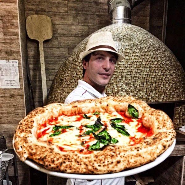 Salvatore Lionello Pizzeria Lionello – Gli artigiani della pizza dal 1989