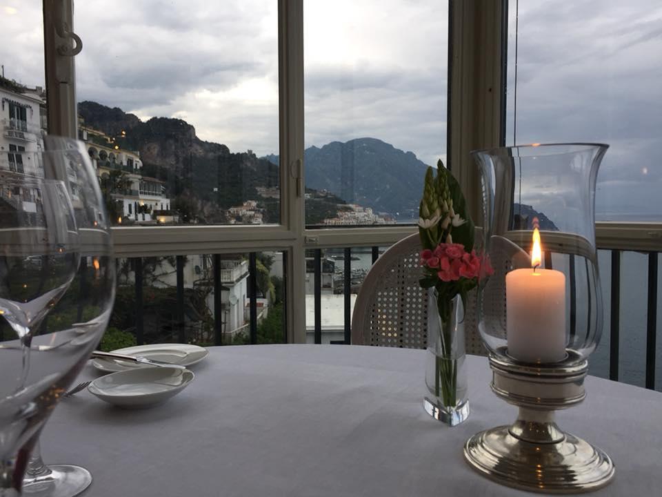 Il Glicine, Hotel Santa Cateria Amalfi, Amalfi dal tavolo