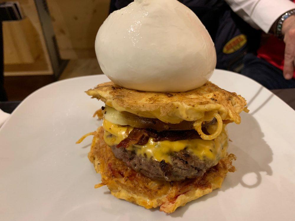 Mamma Enza 26 Hamburger&Delicious