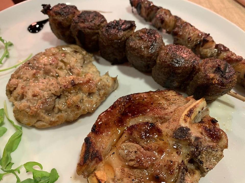 Braceria Barone - L'agnello, i siciliani e la salsiccia di porchetta