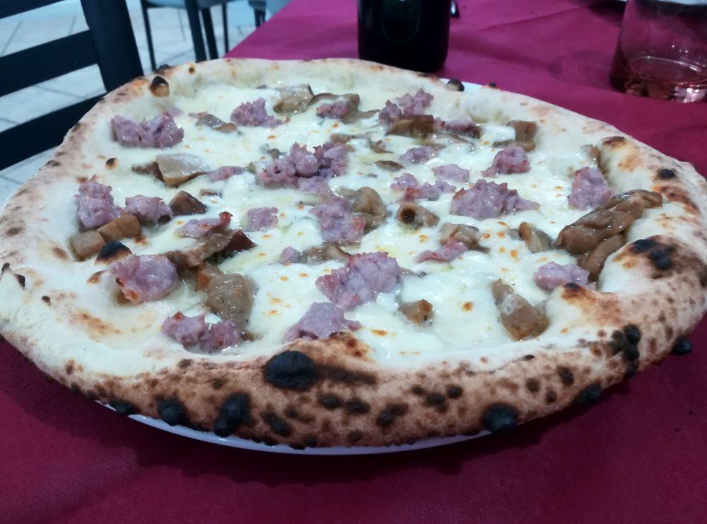 Green Hill, pizza