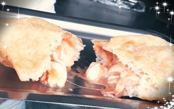 O Zeppolaro - calzone pomodoro e mozzarella
