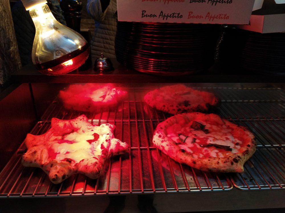 Pizzeria Lievita 72 Pizze sotto la lampada