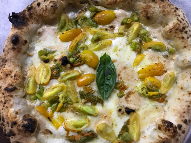 Pizzeria Nonna Ma' - Pizza Tommaso Della Corte