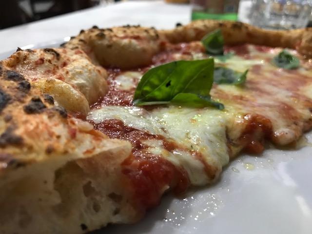 Pizzeria Nonna Ma' - sezione pizza Margherita