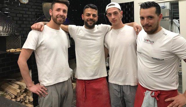 Pizzeria Pulcinella da Ciro - Ciro Casale e parte dello staff