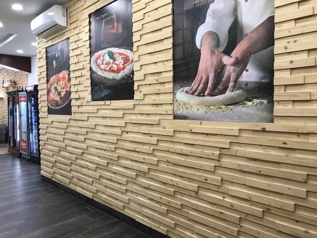 Pizzeria Pulcinella da Ciro - particolare della sala