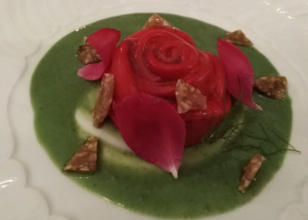 Ristorante Il Petrosino Dolce alla rosa con confettura rose