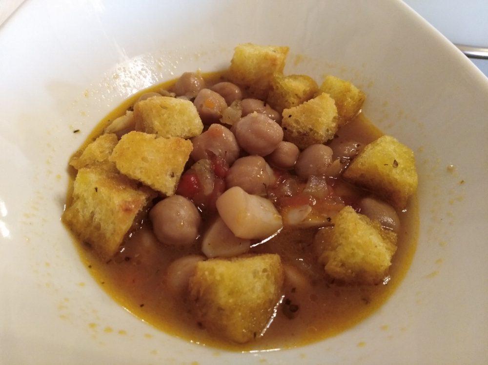 Trattoria La Vinaigrette Zuppa di seppia, ceci e pane tostato