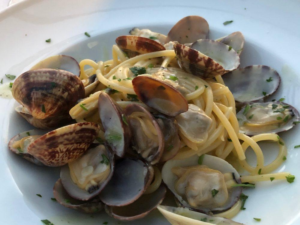 La Scogliera - Spaghetti con le vongole