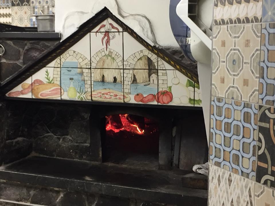 Le Tre Arcate, il forno Sorrentino