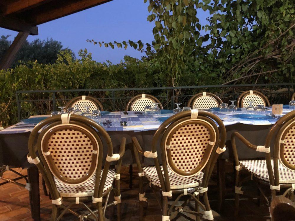 Agriturismo Zio Cristoforo - Un tavolo all'aperto