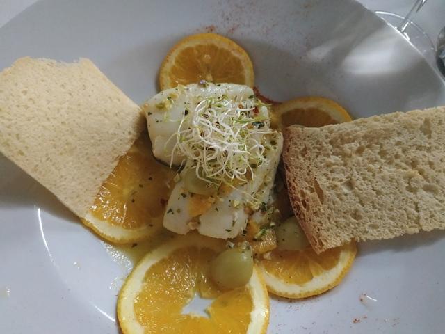 Aqua Lexus Fish Restaurant - baccala' scottato a bassa temperatura con arancia e uva