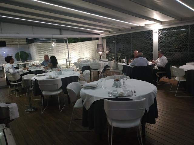 Aqua Lexus Fish Restaurant - una delle sale interne