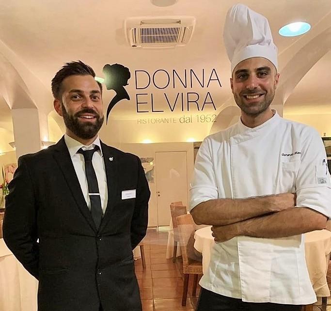 Donna Elvira- A sin. il maitre Isidoro Bronzo, a dx. Gerardo Manisera, lo chef