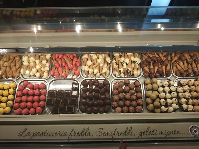 Pasticceria Quaranta - i semifreddi, i gelati mignon e la pasticceria fredda