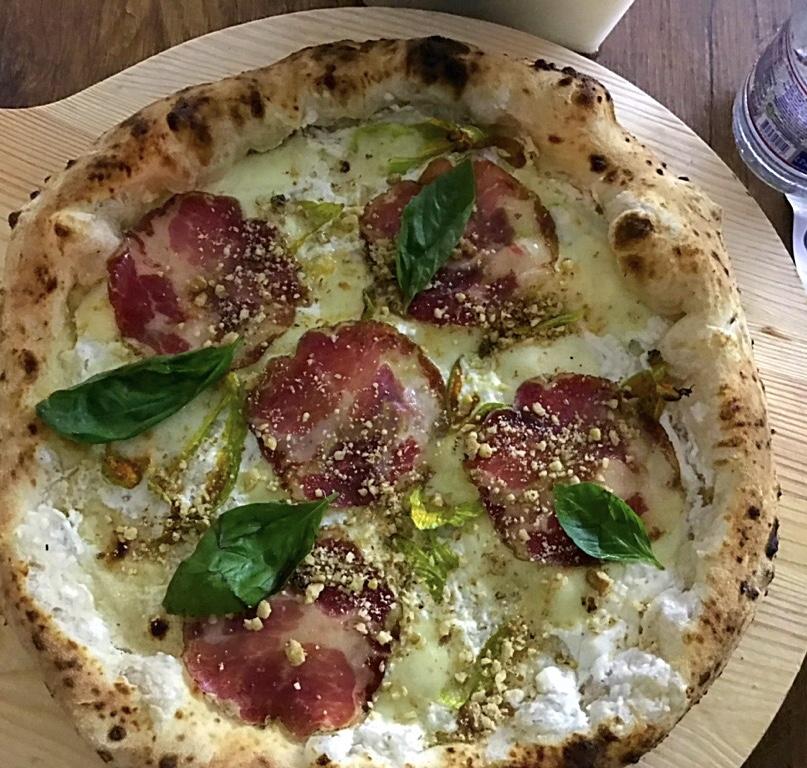 Pizzeria Al Solito Porzio - Pizza Ciurill