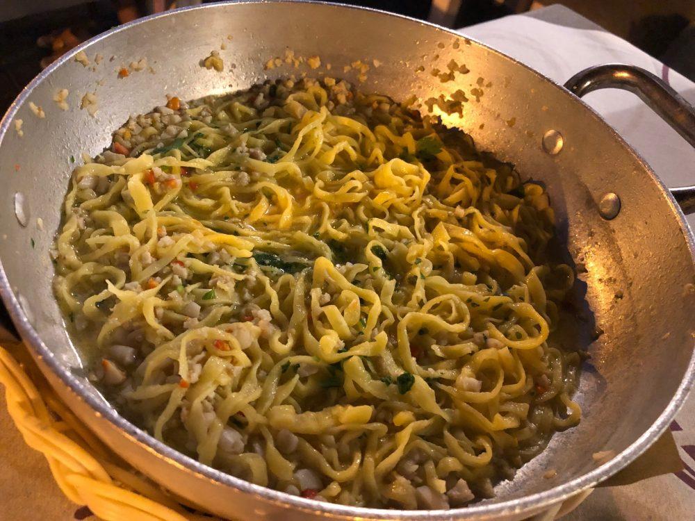 Ristorante Rosmarino - Tagliolini con ragu' di fasolari e canelli