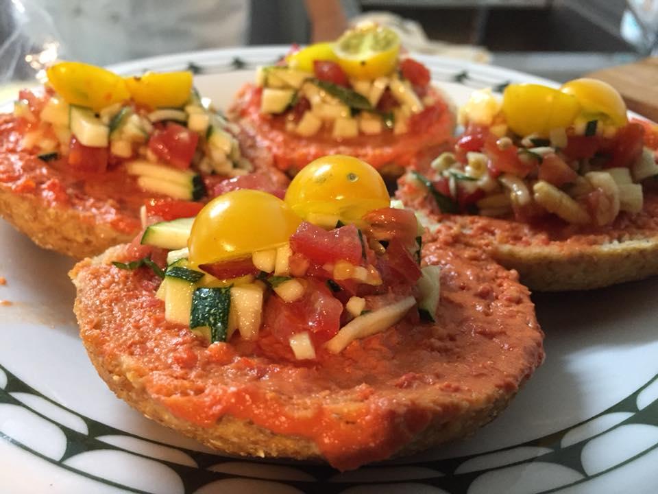 La Cantina a Gioi, freselle al pomodoro zucchine