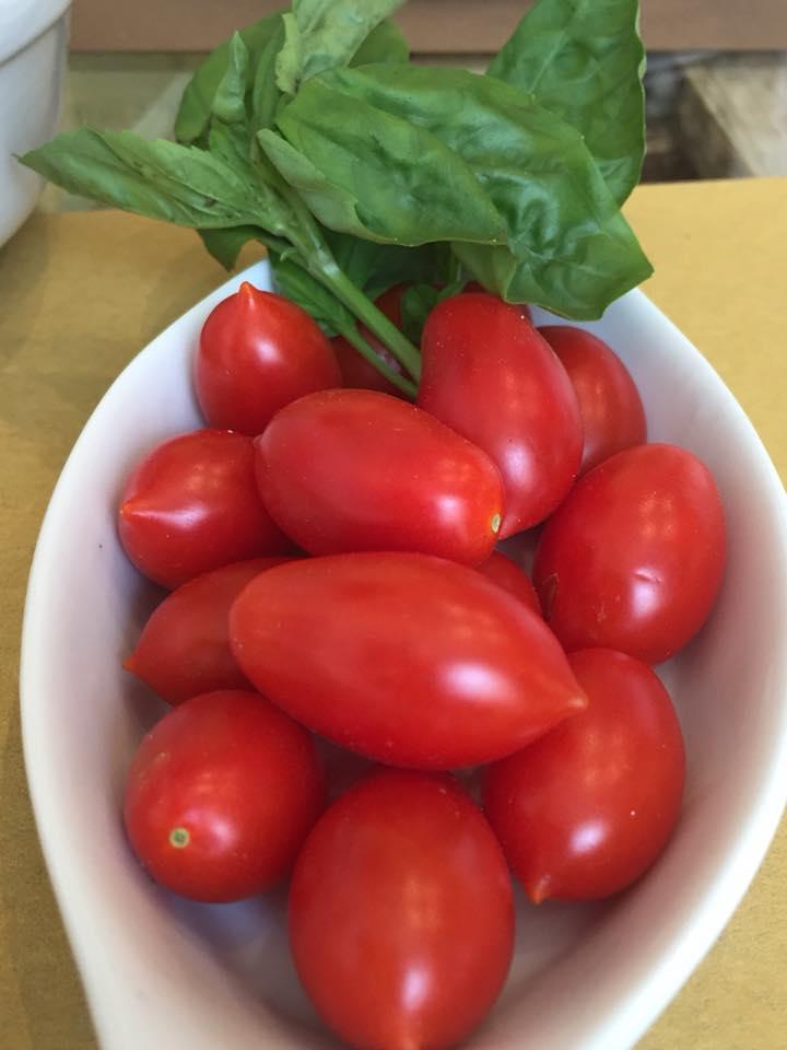 En Gioi, Agrilocanda cilentana, i pomodorini dell'orto utilizzati per i ravioli