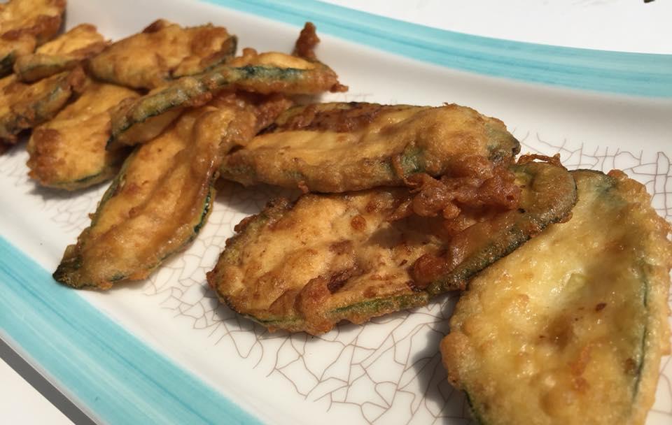 Oleandri Beach Club, zucchine impanate e fritte