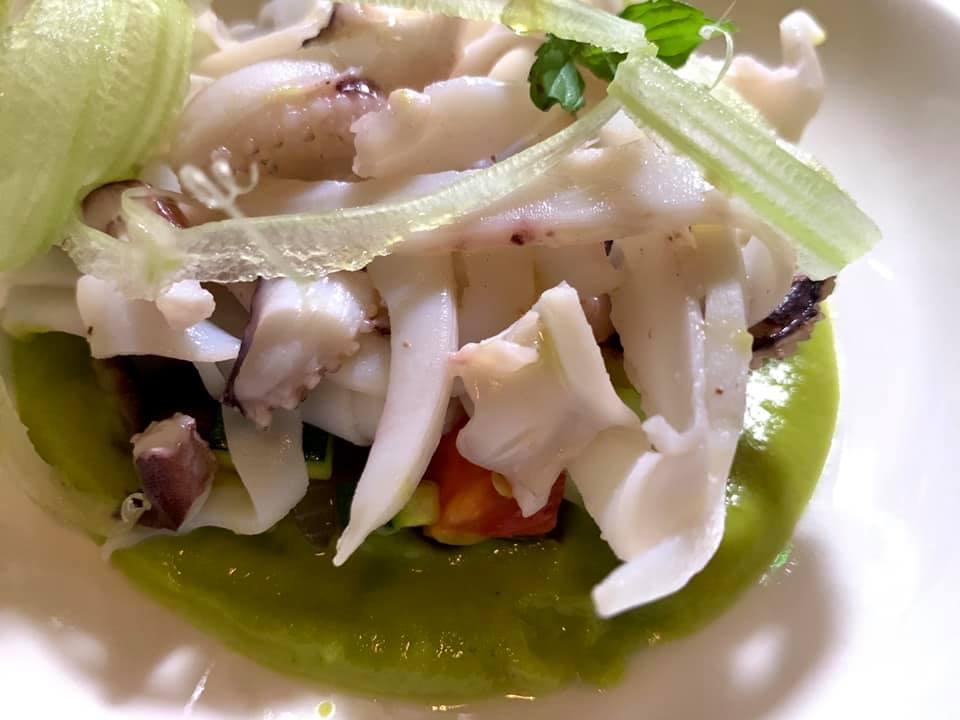 Aquadulcis , julienne di seppia con caponata di verdure e crema di zucchine alla scapece