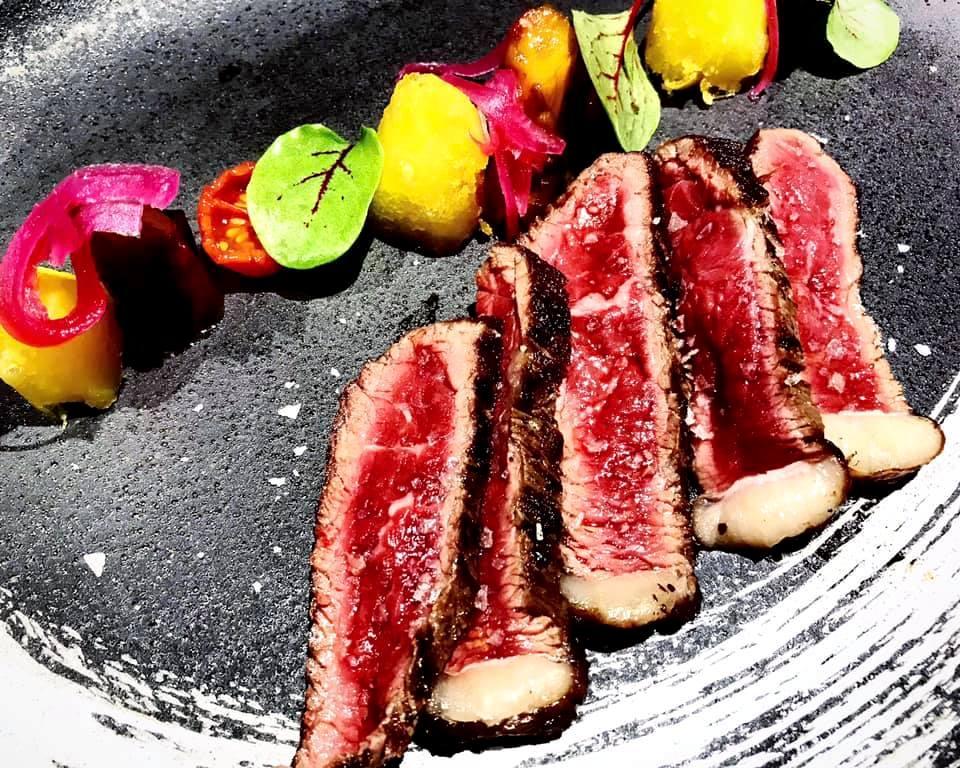 JapOne - La Carne servita con le sue verdure ed i suoi garnish