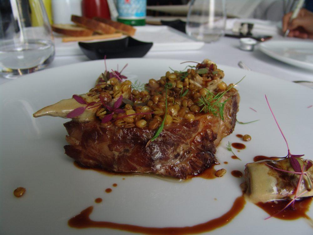 Gioja - Capocollo con carciofi e lenticchie soffiate