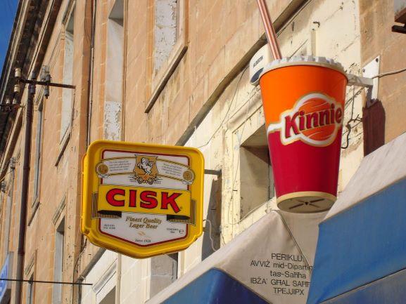 http://geograI simboli ddel bere maltese (foto da: phicallyyours.blogspot.com)