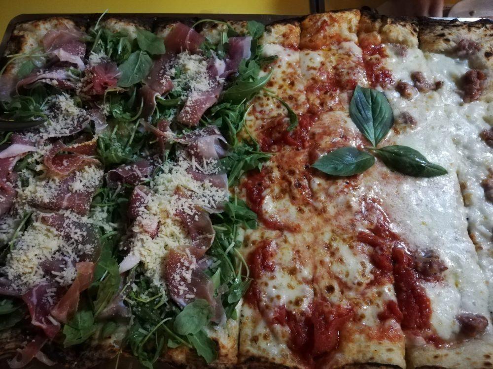 Pizza alla Brace - Grana e Parma, Bufalina, Salsiccia e Bufala dop