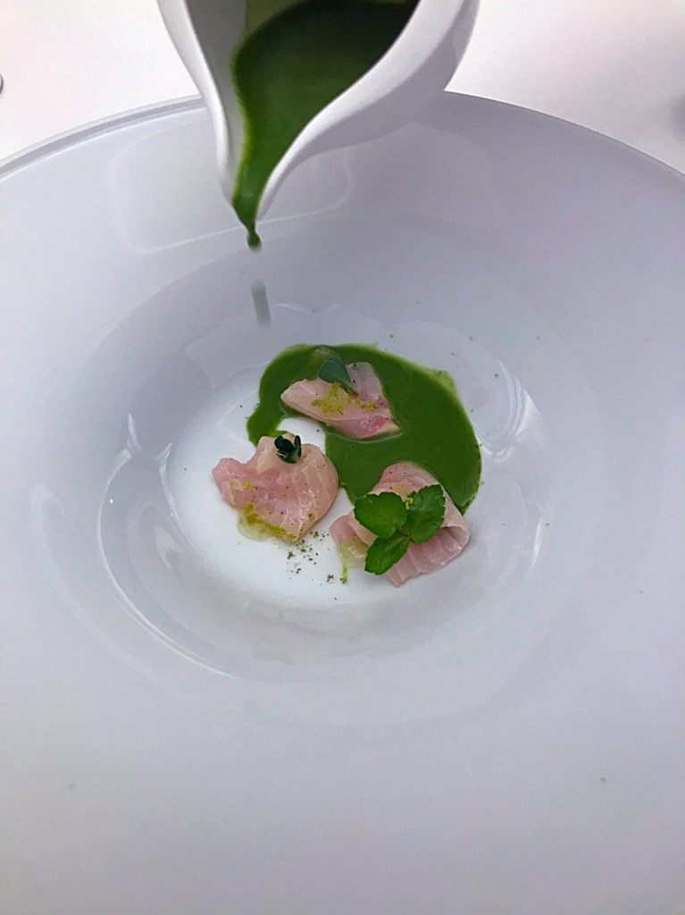 Ristorante Marotta - Storione con insalata liquida di sedanino acquatico, portulaca e rucola