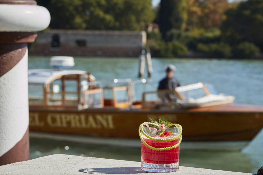 Drink Botanic boost del Belmond Hotel Cipriani di Venezia photo by Tyson Sadlo