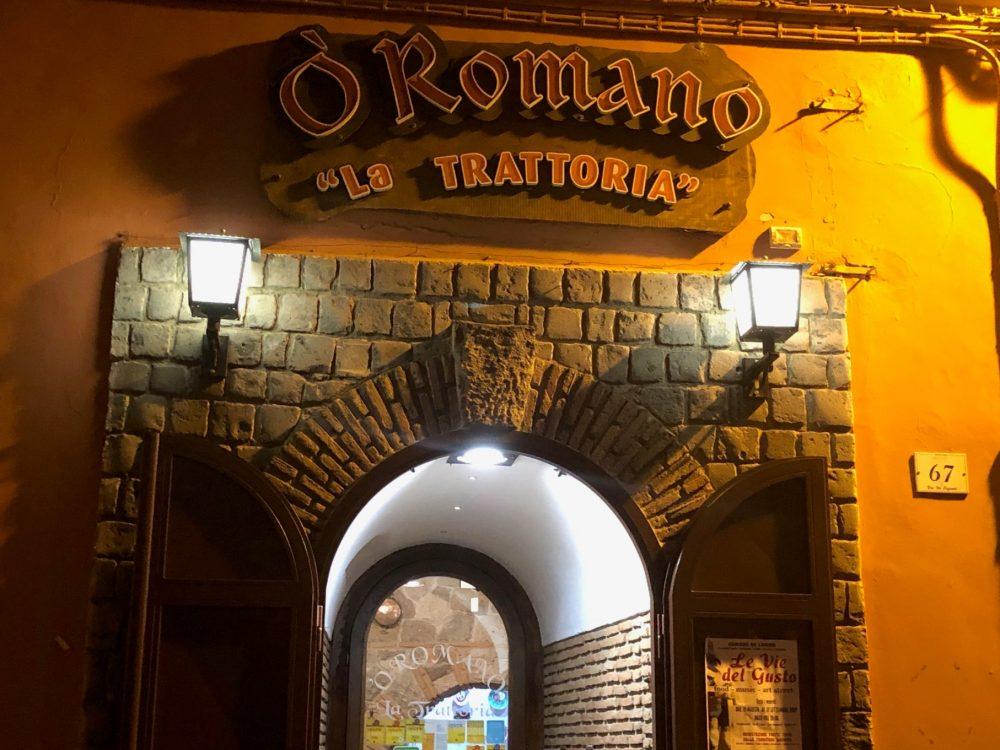 O' Romano, insegna che...