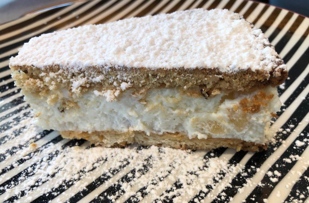 Lo Stuzzichino, la torta ricotta e pere